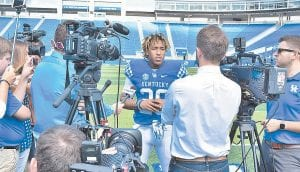 Kentucky's Benny Snell needs 1,412 yards this season to become his team's all-time leading rusher. (Vicky Graff Photo)