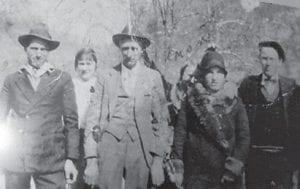 Jasper Lucas, Rachel Lucas, (unknown), Lida Lucas Banks, Oma Kiser and Emmitt Kiser